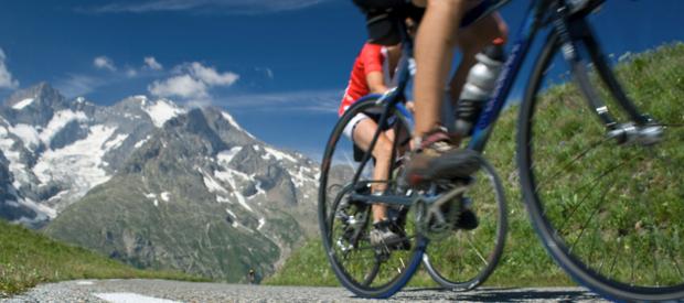 Vakantie wielertochten in Frankrijk.Heuvels en bergen